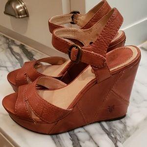 Frye platform sandals size 7